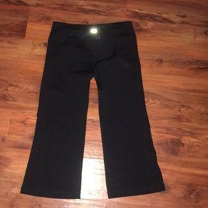 Gapbody fit  black. Caprice size small
